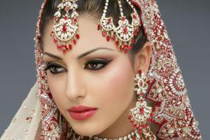 brunette women traditional clothing eyeliner jewelry hair ornament indian women face portrait
