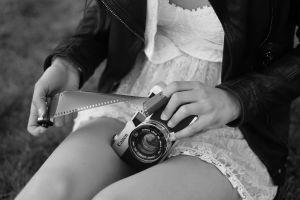 camera hands monochrome women legs model canon