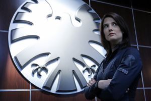 celebrity brunette agents of s.h.i.e.l.d. s.h.i.e.l.d. cobie smulders arms crossed actress marvel comics maria hill