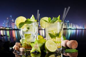cocktails drinking glass lemons