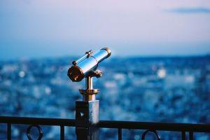 depth of field city evening night binoculars telescope
