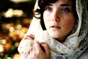depth of field face women scarf brunette freckles blue eyes