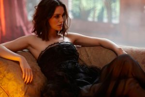 depth of field women black dress bare shoulders dress actress keira knightley brunette women indoors