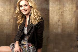 dress blonde smiling blue eyes britt robertson black jackets actress women