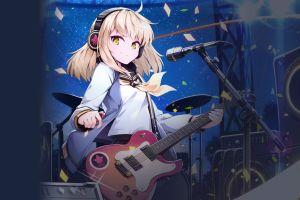 electric guitar microphone headphones