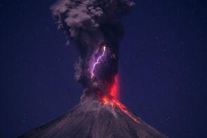 eruption volcano stars lava