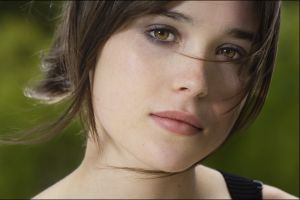 face celebrity brunette clean skin looking at viewer short hair hazel eyes women freckles ellen page