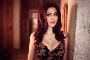 face cleavage women portrait