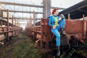 fallout 4 redhead women fallout rifles railway video games red lipstick train cosplay