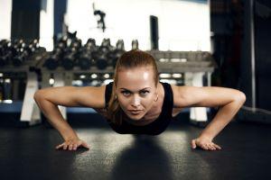 fitness model blonde women sports