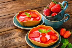 food strawberries pie pastries dessert