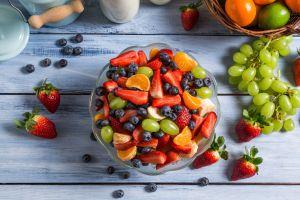 fruit berries grapes food still life strawberries