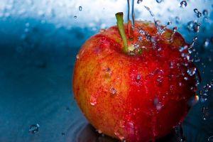 fruit water drops macro apples
