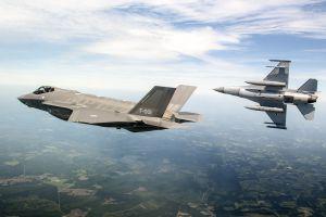 general dynamics f-16 fighting falcon military aircraft aircraft us air force lockheed martin f-35 lightning ii