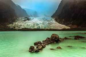 glaciers mist lake green nature water mountains cold chile landscape