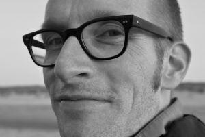 glasses depth of field monochrome