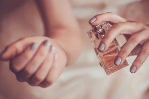 hands women potions bottles