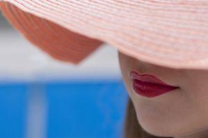 hat women lips
