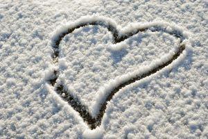 heart (design) snow winter