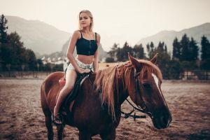 horse looking at viewer sitting women outdoors model women with horse long hair short tops blonde ivan gorokhov jean shorts sandals alena emelyanova pierced navel