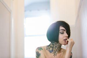 inked girls women brunette short hair tattoo bare shoulders