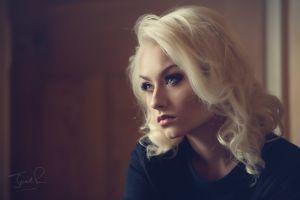jack russell portrait face romanie smith looking away blonde women