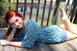 jean shorts toes redhead model karoline kate women barefoot feet blue eyes