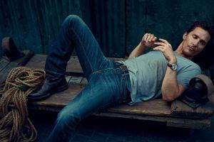 jeans lying down matthew mcconaughey men actor t-shirt
