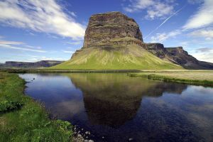 landscape lake upscaled iceland cliff mountains