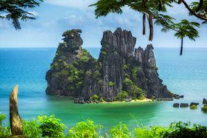 landscape tropical sea cliff island