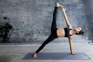 leggings armpits yoga exercise sports bra yoga pants flexible barefoot belly women hairbun brunette