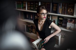library model books dress black dress women with glasses painted nails red nails women red lipstick glasses