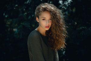 lisa alexanina sweater curly hair depth of field women auburn hair hair in face women outdoors long hair
