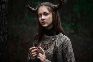 looking at viewer demon horns brunette women artwork long hair pullover blue eyes