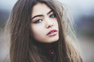 model brunette women portrait