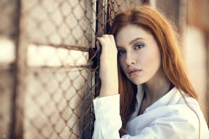 model depth of field women redhead valentina galassi portrait alessandro di cicco juicy lips brown eyes