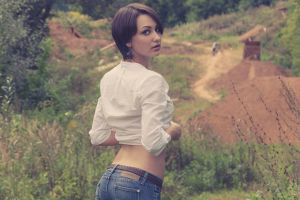 model shirt looking at viewer looking back women outdoors jeans women brunette