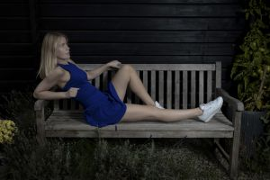 model women bench blonde