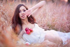 model women outdoors apples