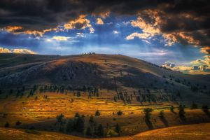mountains clouds nature italy sun rays trees landscape