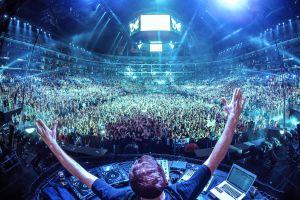 music festival stadium musician edm concerts mixing consoles music