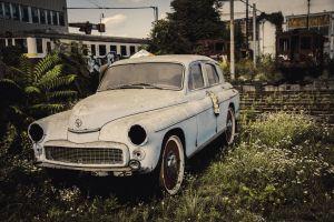 old car destruction warsaw train station old rust car rail yard