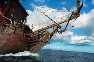 pirates skeleton ship