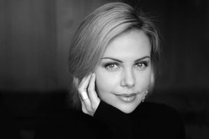 portrait charlize theron eyes monochrome blonde smiling
