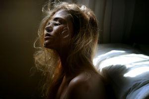 profile closed eyes model blonde sunlight women