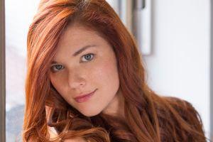 redhead mia sollis women