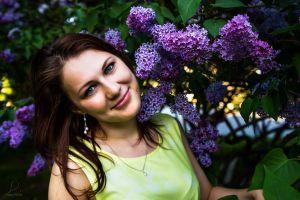redhead women green eyes face lilac
