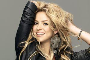 shakira leather jackets celebrity singer blonde