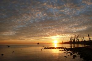sky coast horizon sea sun