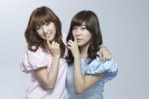 snsd girls' generation kim taeyeon asian women brunette brown eyes tiffany hwang